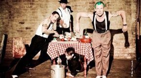 Red Hot Chili Peppers – «Dark Necessities»