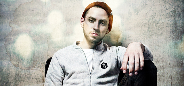 "Tyler Carter – ""Hello"""